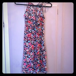 Zara ruffled floral dress in S. Never worn.